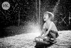 child-and-sprinkler-01