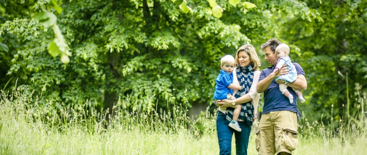 Summer mini photo session at Claremont Gardens, Esher