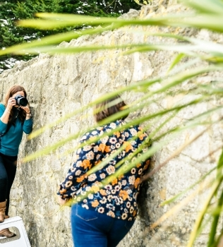8 tips to help you to relax in front of the camera at your photo shoot
