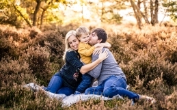 Autumn family mini sessions in Farnham, Surrey